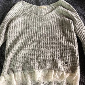 NWOT Hollister sweater, size small